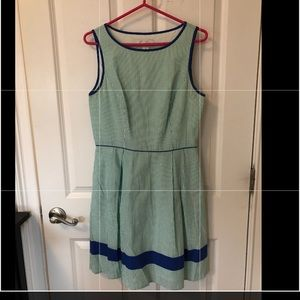 Dresses & Skirts - Jessica Simpson seersucker tea length w/ pockets